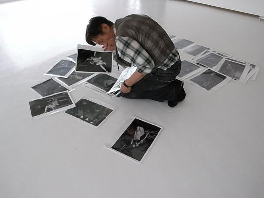 Akira Hasegawa editing asphalt magazine